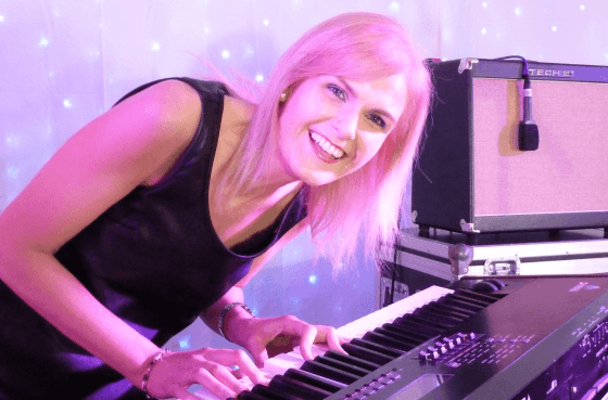 Mary - Keyboards & Vocals